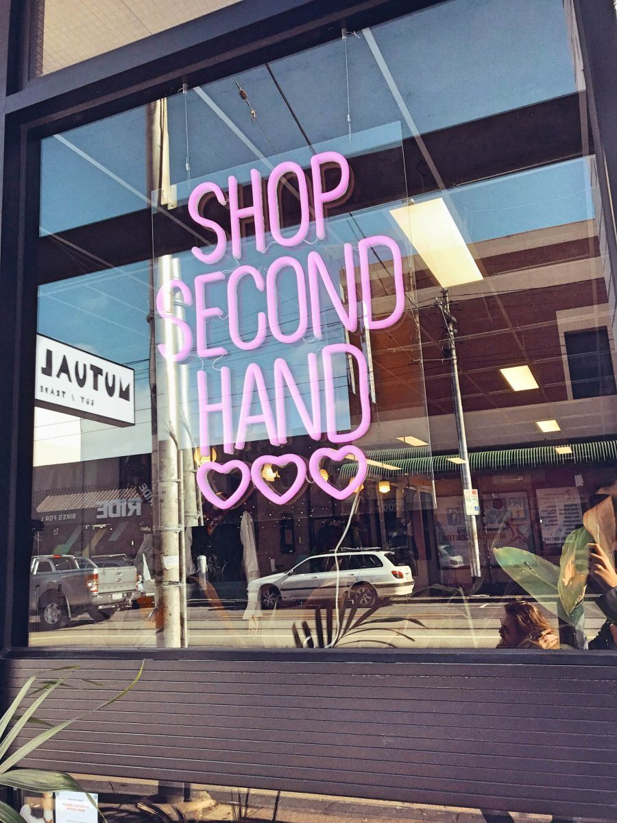 Shop second hand