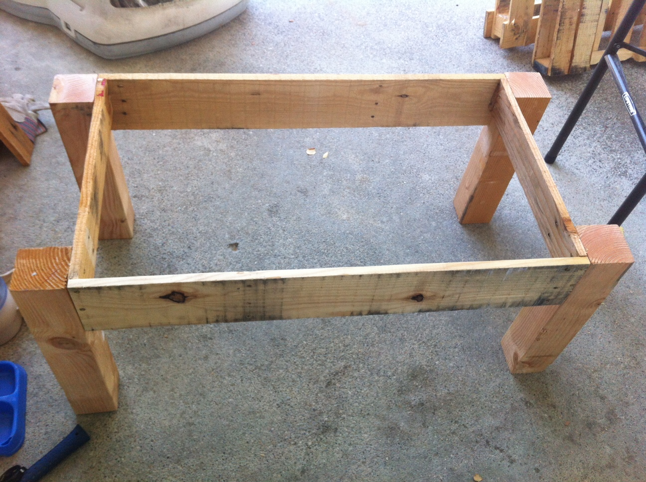 pallet sofa table for sale down blend cushions how to make wood end tables quick woodworking