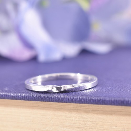 Handmade Sterling Silver Single Twist Ribbon Ring
