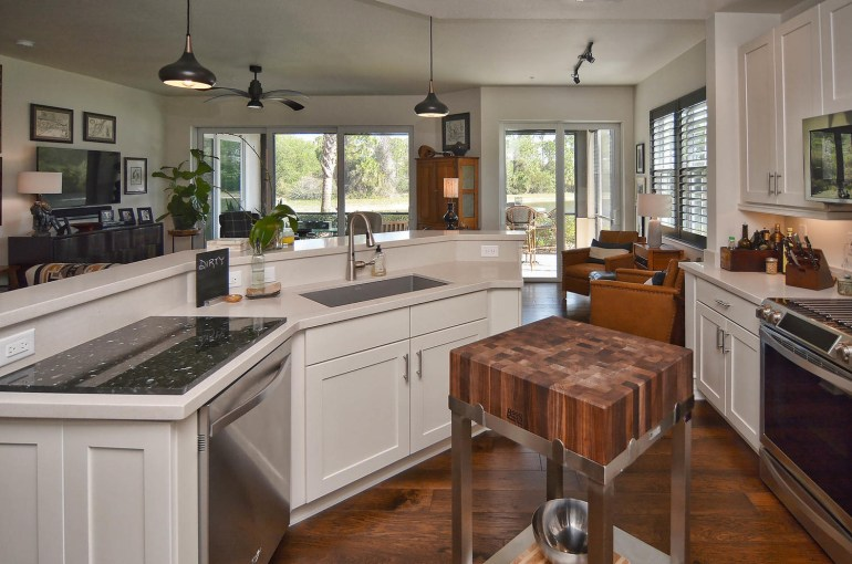 154 Bella Vista Terrace-large-030-30-154BellaVista 8634-1500x994-72dpi.jpg
