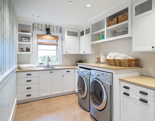 Traditional-Laundry-Room-Decor-Ideas-Applied-White-Cabinetry-Ideas.jpg