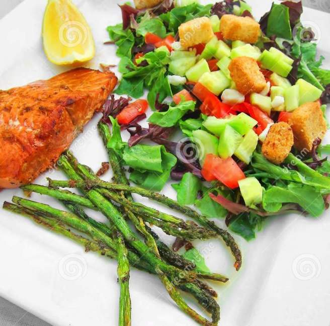 healthy-meal-dinner-lunch-fish-veggies-white-plate-salmon-trout-greens-31546500.jpg