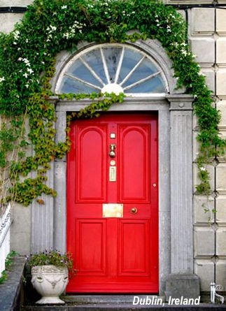 Historical Homes Use Red Doors For An Inviting Entrance