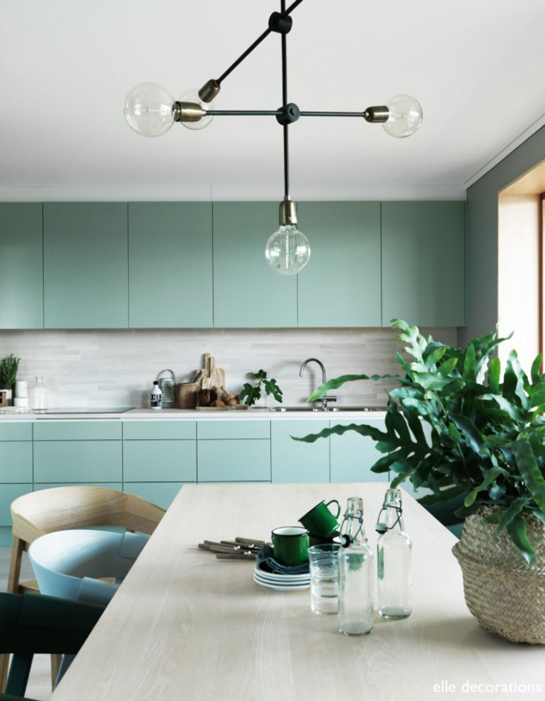 elle decoration- Cuisine-vert-d-eau-minty green cabinets-statement lighting