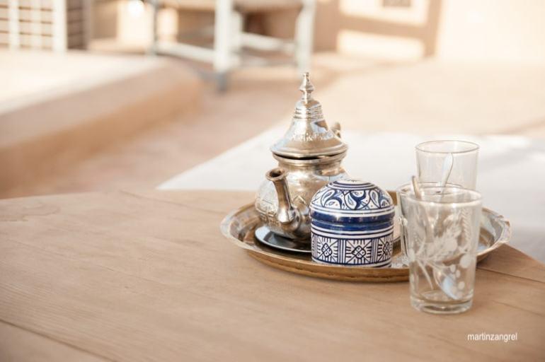 martin zangrel - indian tea-silver teapot-blue and white tea caddy