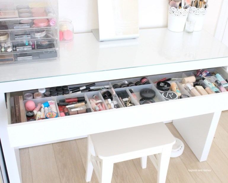 lipgloss-and-lashes-make up-table-parsons-desk
