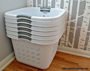 avintagehome-stacked-laundry-baskets