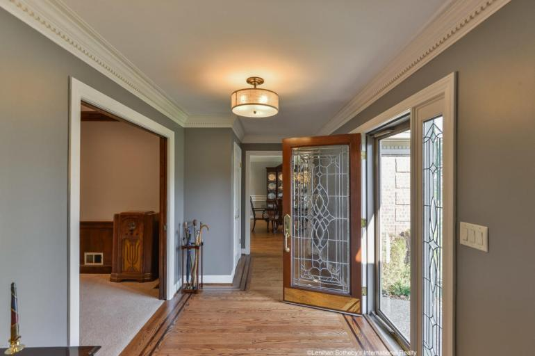 laurelbledsoedesign-design-to-sell-foyer