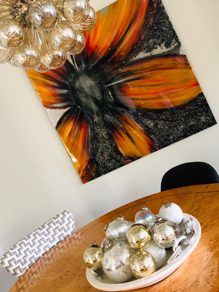 laurelbledsoedesign-minimalistic-holiday decor