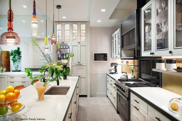 carolynpresslyinteriors-black-white-kitchen-gas-range-glass-door-cabinets
