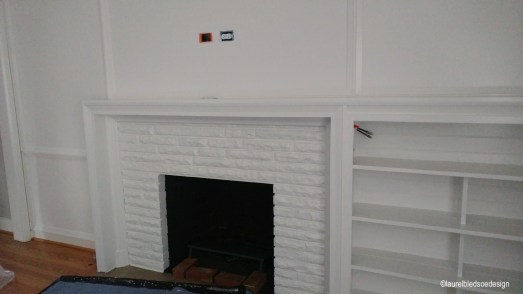 laurelbledsoedesign-beforeandafter-livingroom-fireplace-bookcase