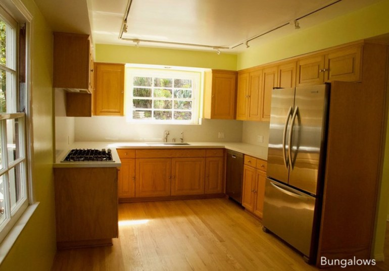 bungalow-before-kitchen-makeover