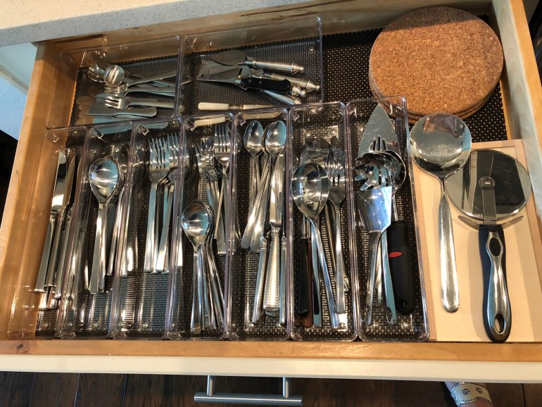laurelbledsoedesign-organize-create-more-free-time-silverware-drawer-organization