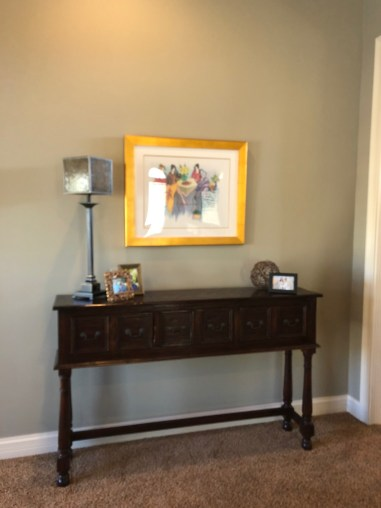 laurelbledsoedesign-foyer-console-art-lamp