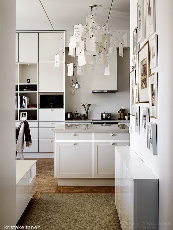kristakeltanen-white-kitchen-parque-floor
