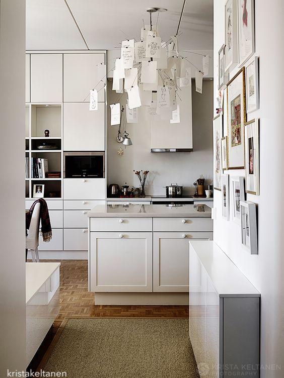 kristakeltanen-white-kitchen-parque-floor