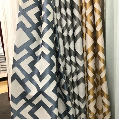 laurelbledsoedesign-beforeandafterbathroommakeover-drape-panels