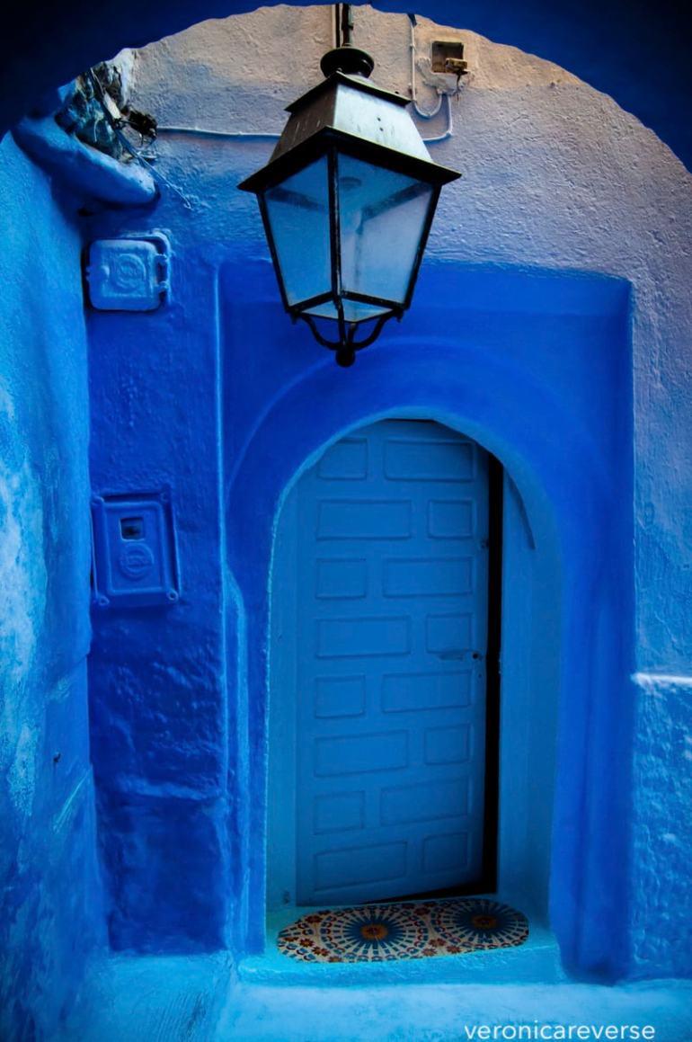 veronicareverse-poolcue-blue