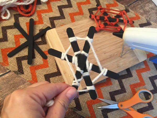 spider-web-craft-halloween