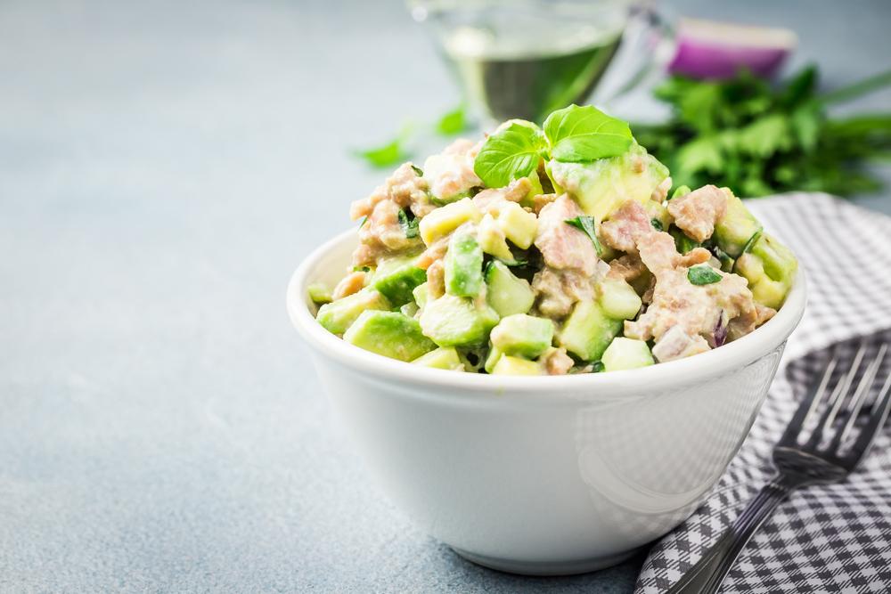 Keto-Cucumber-tuna-avocado-salad-