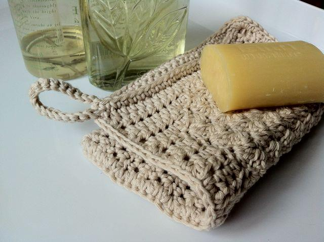 Crocheted Wash Mitt
