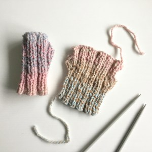 Free Pattern Quick Chunky Knit Fingerless Mittens