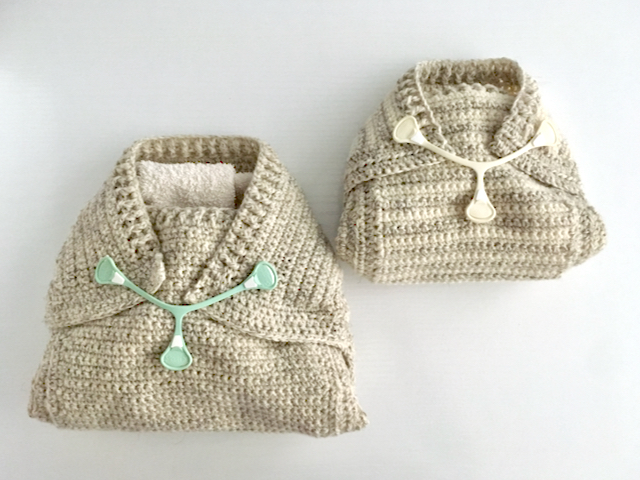 Crochet pattern for a woollen diaper cover or pilch