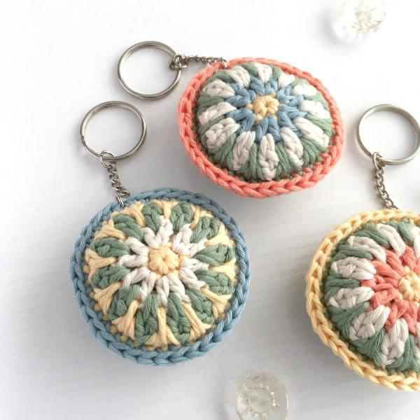 Crocheted keyrings in pastel colours of organic cotton
