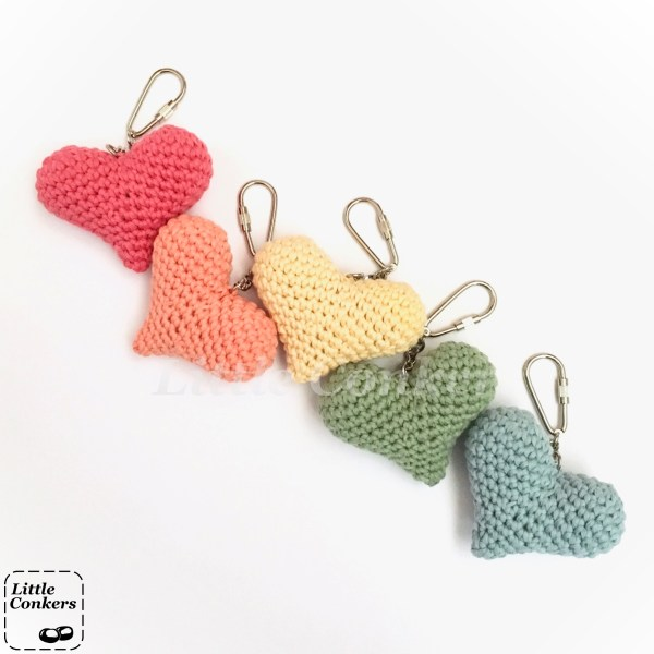 Eco-friendly heart keyrings in organic cotton