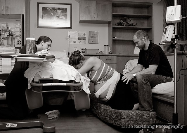 Natural, hospital birth of an 11 pound baby! Renee Bergeron, Bellingham Birth Photographer - Little Earthling Photography