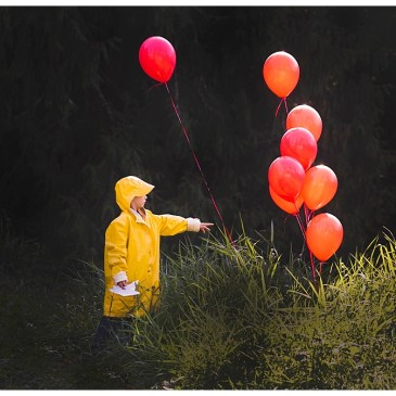 We All Float Down Here: It Inspired Photo Shoot with Georgie