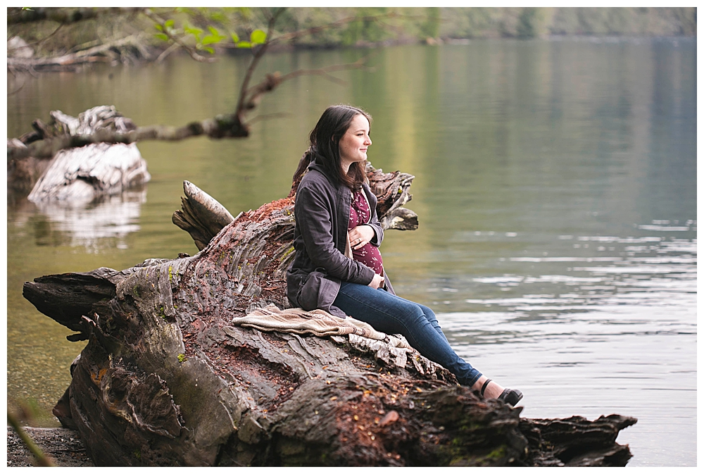 A fun North Lake Whatcom maternity photos in Bellingham, WA.