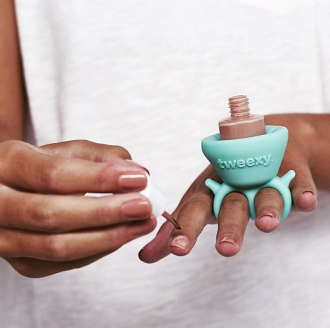 nail-polish-bottle-holder