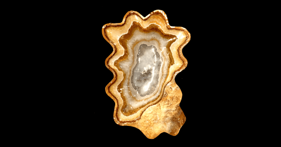 oval gold onyx bowl vertical view