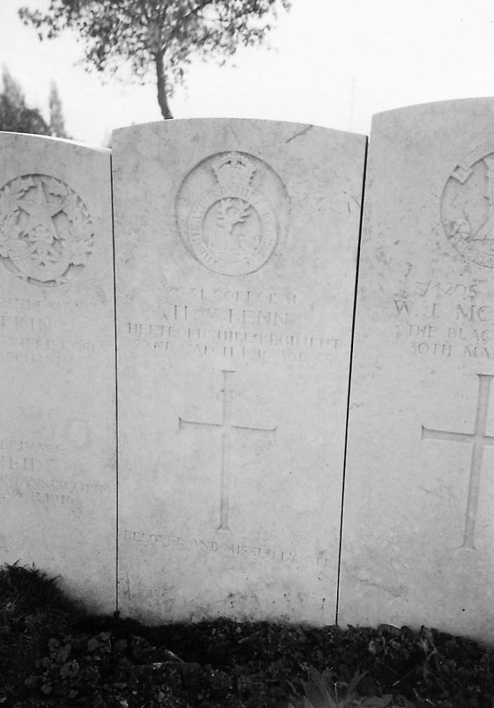 Photo of William Fenn's gravestone