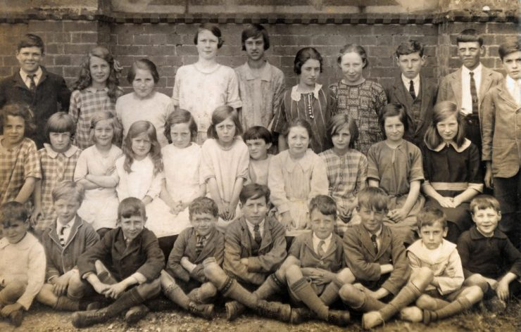 1926 photo of Little Gaddesden School Pupils