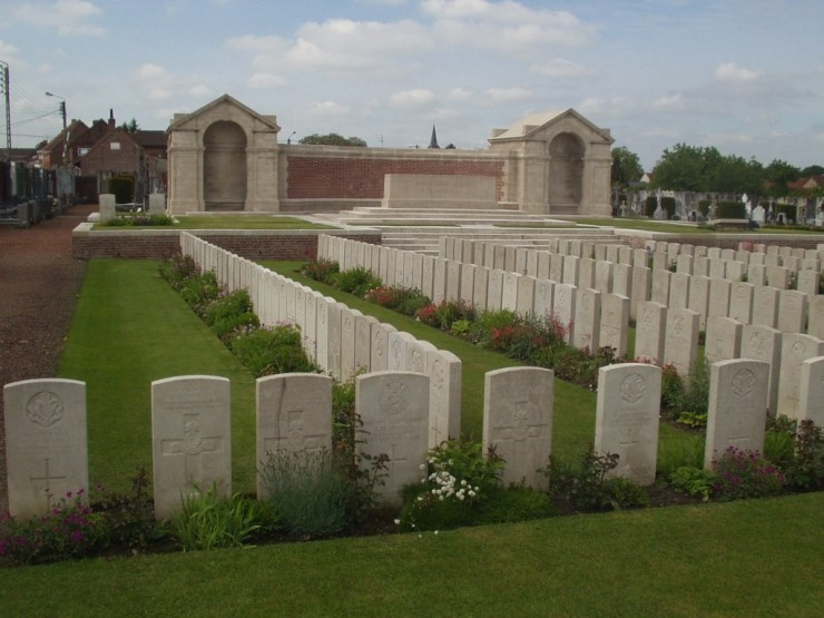 Photo of Noeux-les-Mines Cemetery