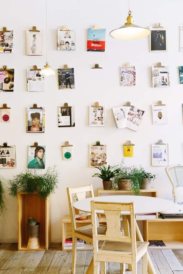 Hang Walls Nails Little Gold Pixel