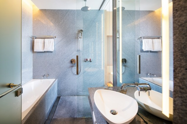 OHS_Club Room_Bathroom