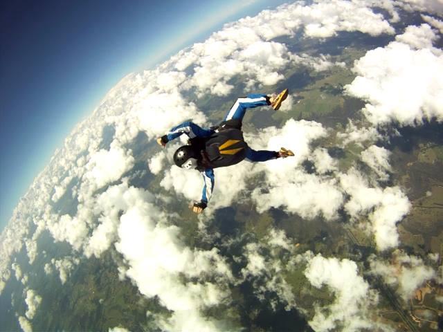 Justine Ooi Skydive