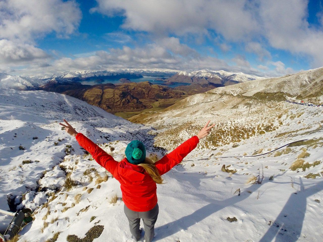 Phoebe Lee Travel Blogger New Zealand Ski Field Australia