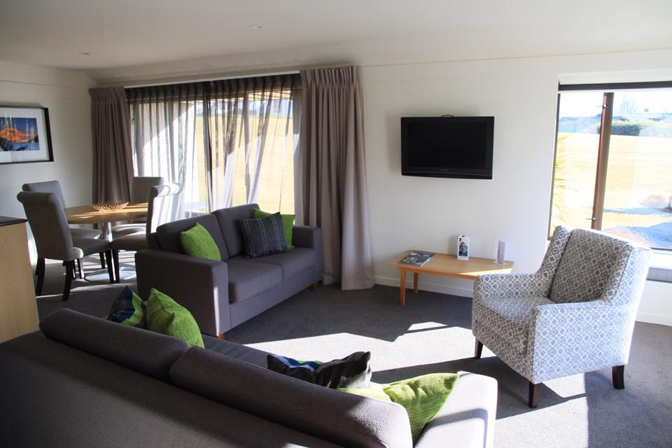 Edgewater Hotel Lake Wanaka Best Places to Stay Travel Blog