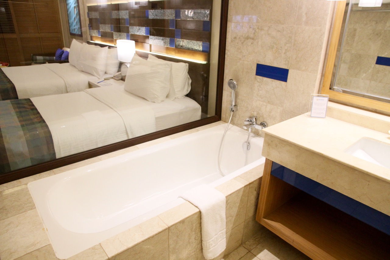 Bathroom Henann Lagoon Resort Travel Blog Review Philippines Holiday