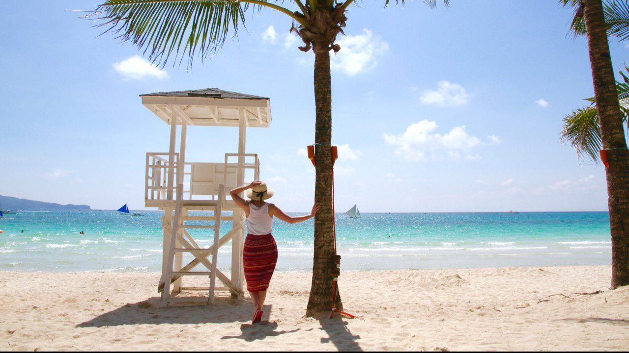Boracay Beach - Phoebe Lee - Boracay - Travel Blogger - Personal Post Crystal Cove Island