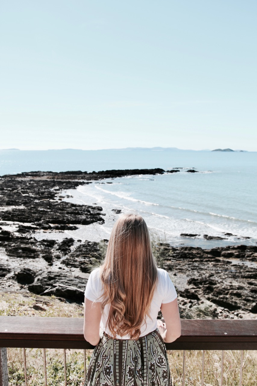 How to keep your hair really healthy while you travel phoebe lee travel blogger