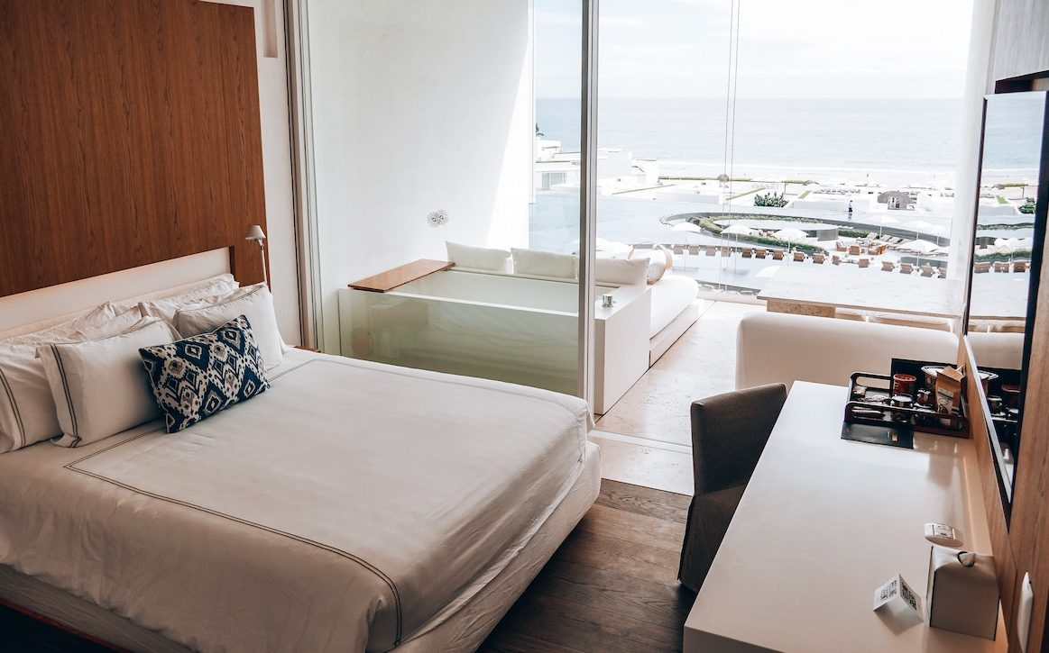 Our room at Viceroy ©Little Grey Box