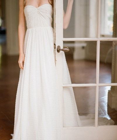 """In the search for a dress to """"Say Yes"""" in"""