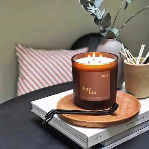 luna mega refillable candle. Refill this eco friendly 3-wick candle in 3 easy steps