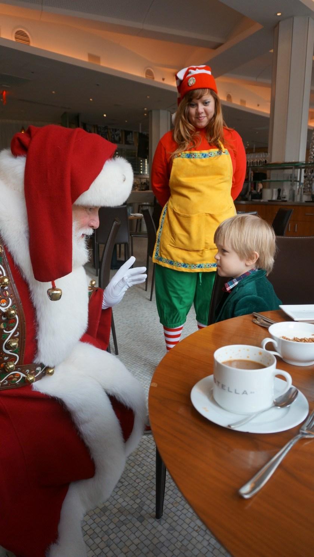 Breakfast with Santa at Macy's restaurat Stella 34