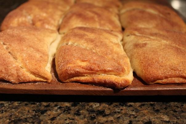 cream cheese, cinnamon, nutmeg, crescent rolls, dessert, sopapillas, recipe